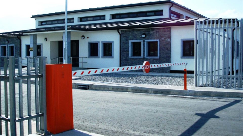 Gate-Automated-Barrier-1